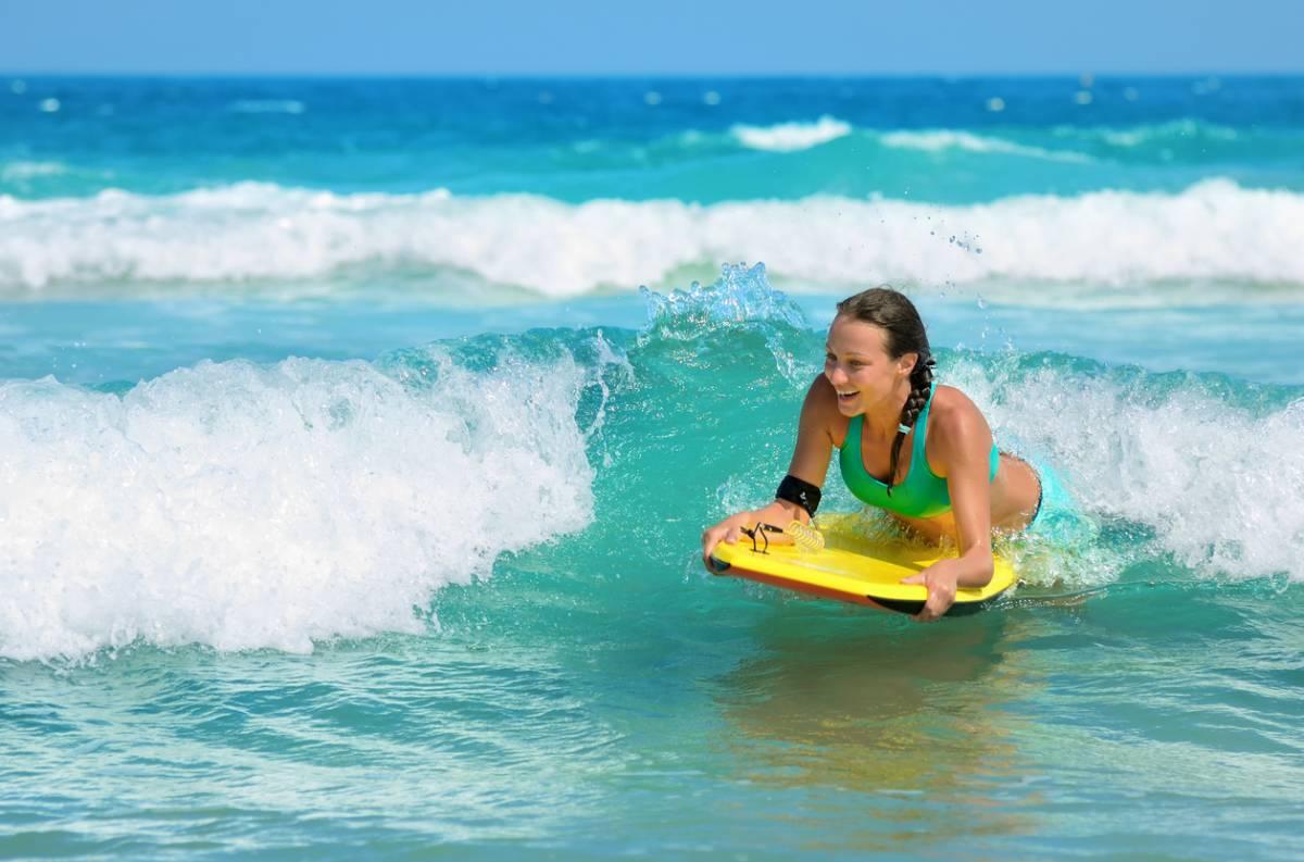 Bodyboard : l'équipement incontournable pour les vacances